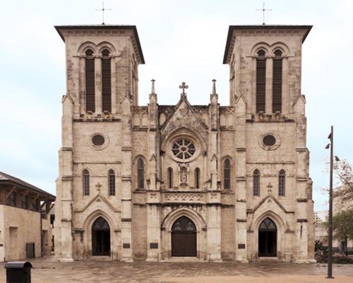 San Fernando Cathedral Parking Reserve Parking Near San